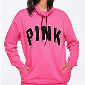 💘Vs pink campus pullover💘